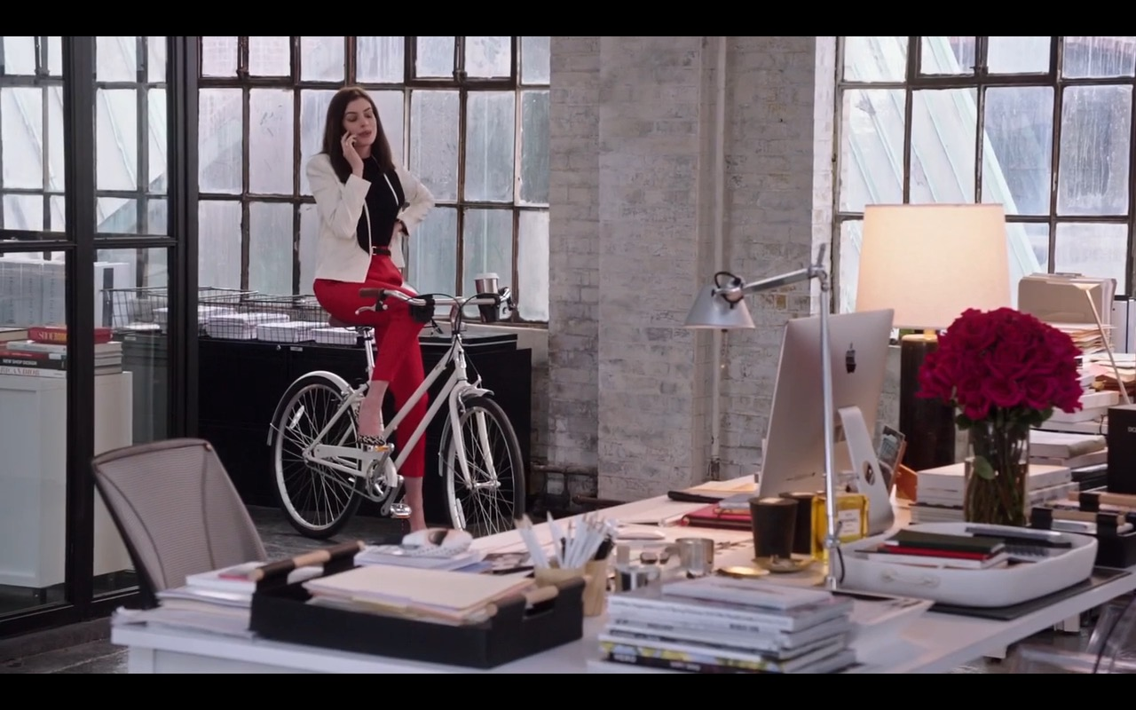 Apple iMac – The Intern (2015) Movie Product Placement