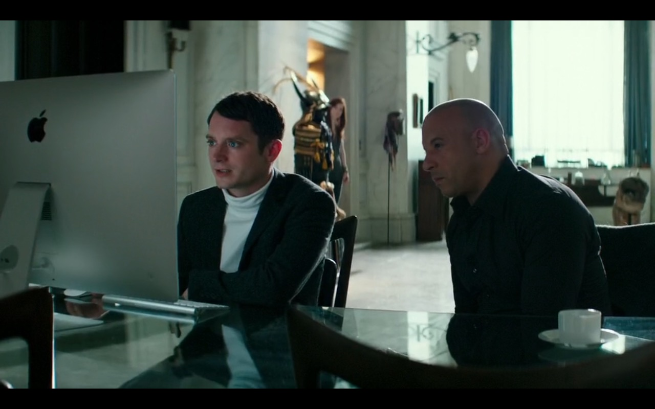 Apple iMac – The Last Witch Hunter (2015) Movie Product Placement