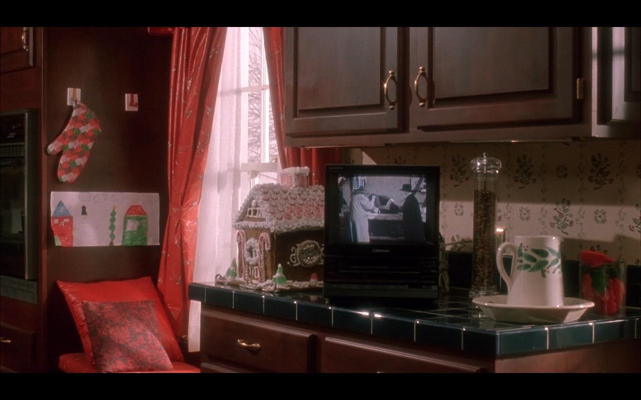 Emerson TV - Home Alone 1990 (2)