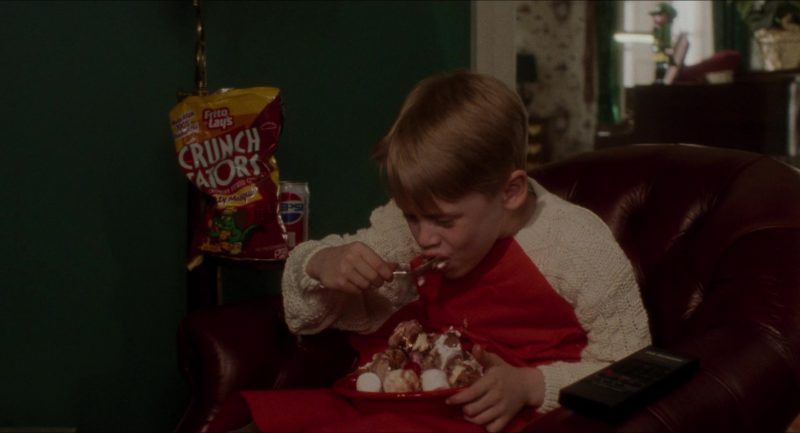 Frito-Lay Crunch Tators Chips & Pepsi in Home Alone (1990) - Movie Product Placement