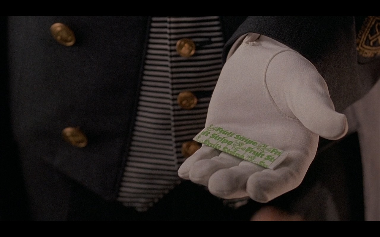 Fruit Stripe Gum – Home Alone 2: Lost in New York (1992) Movie Product Placement