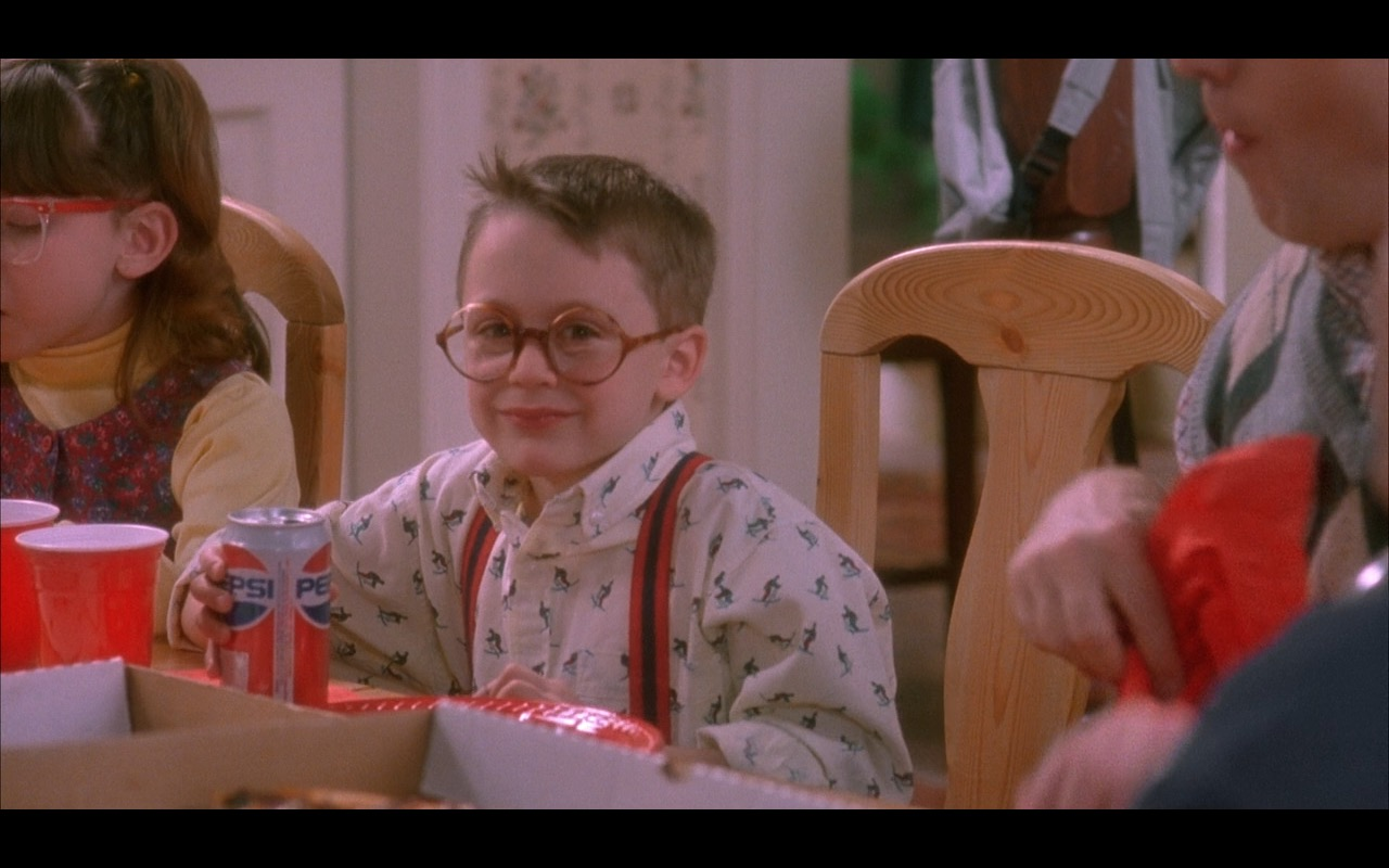 home alone Watch home alone 2: lost in new york (1992) online free full movie putlocker kevin mccallister is back but this time he's in new york city with enough cash and credit cards to turn the big.