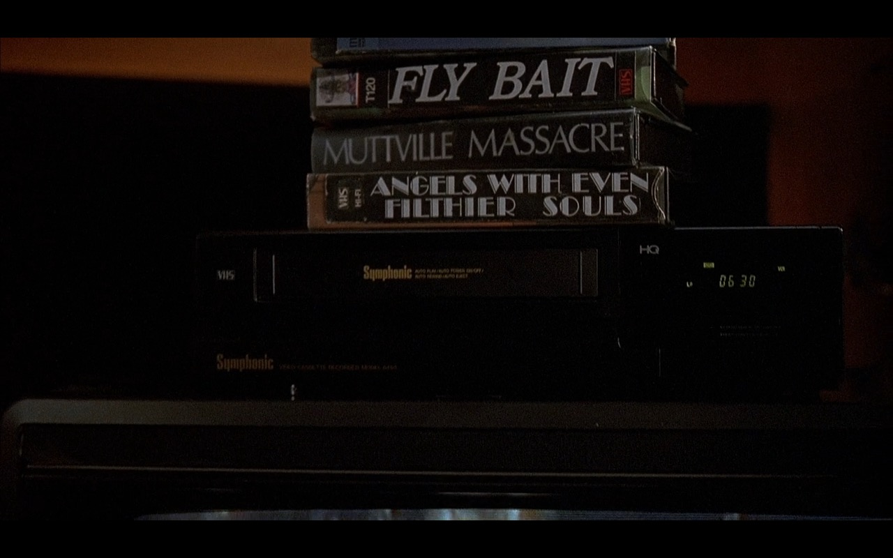 Symphonic VCR - Home Alone 2: Lost in New York (1992) Movie Product Placement