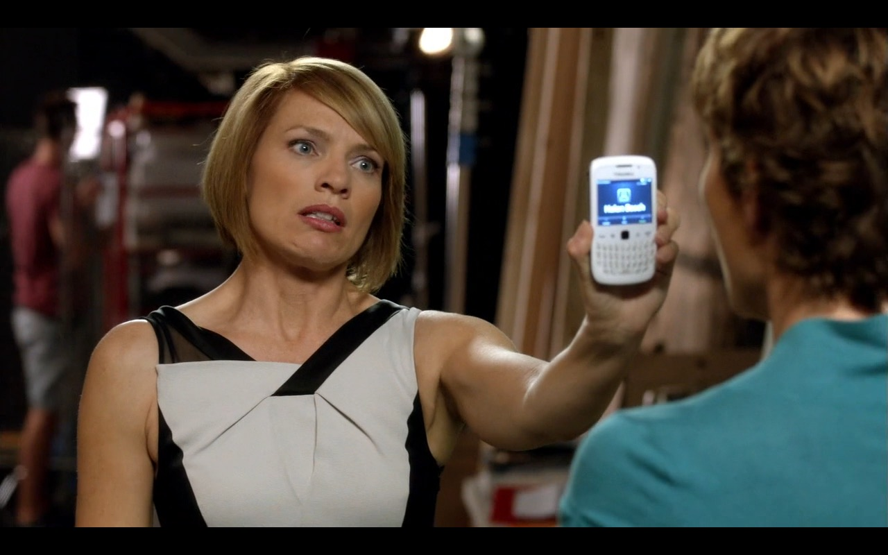 BlackBerry - Episodes TV Show Product Placement