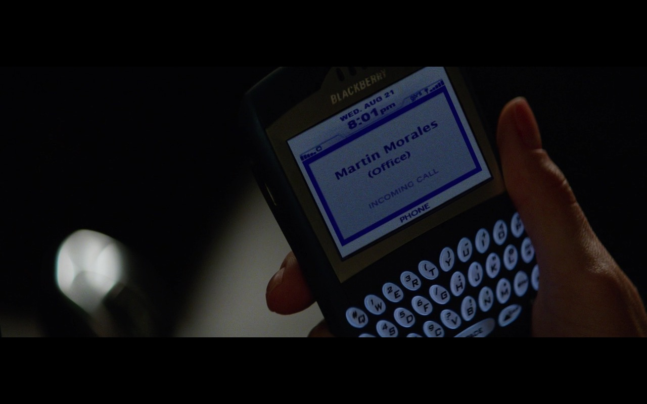 Blackberry – Secret in Their Eyes (2015) Movie Product Placement