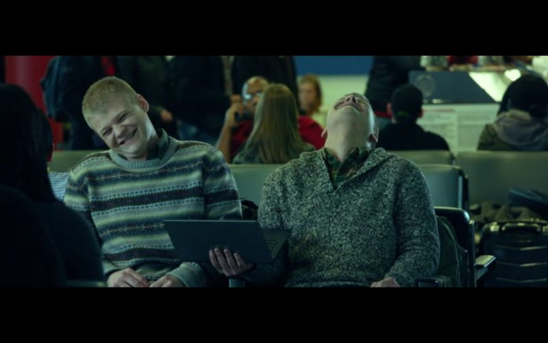 Dell Notebook - Love the Coopers (2015) Movie Product Placement