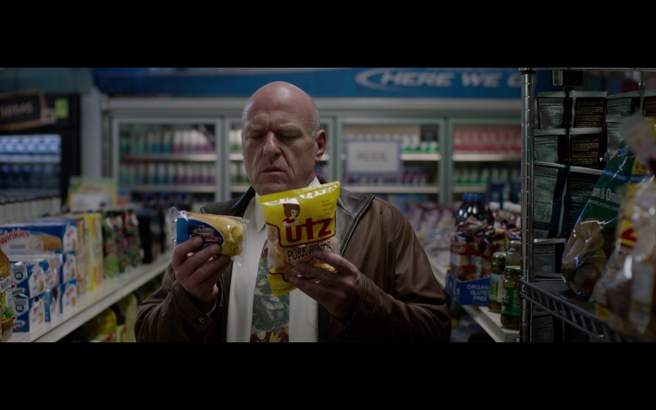 Hostess Twinkies and Utz Pork Rinds – Secret in Their Eyes (2015) Movie Product Placement