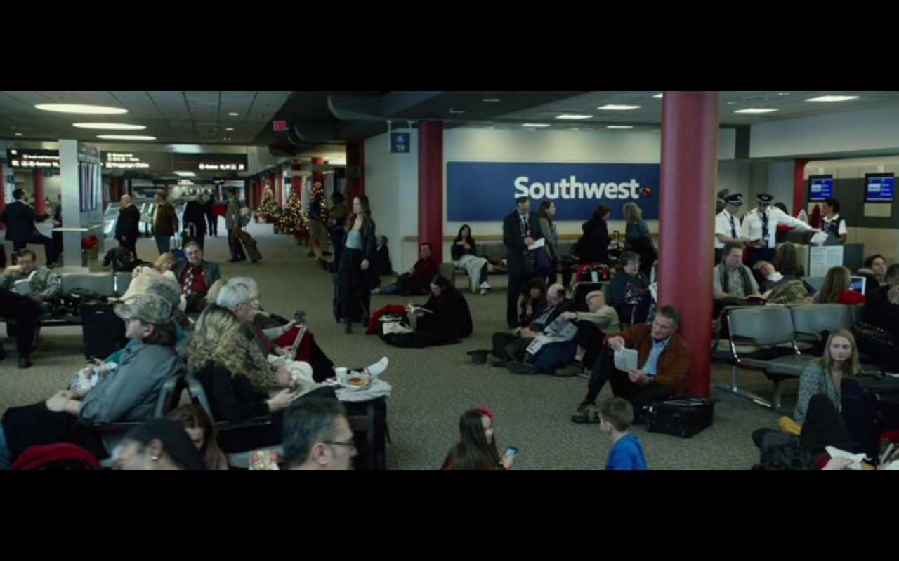 Southwest Airlines – Love the Coopers (2015) Movie Product Placement