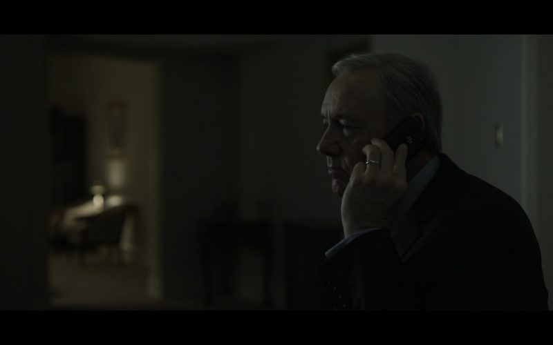 BlackBerry Phone - House Of Cards TV Show Product Placement