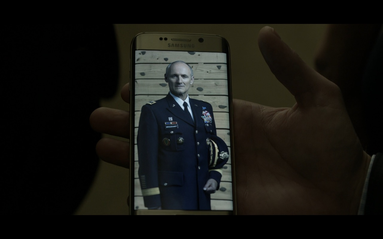 Samsung Galaxy S6 edge - House Of Cards (1)