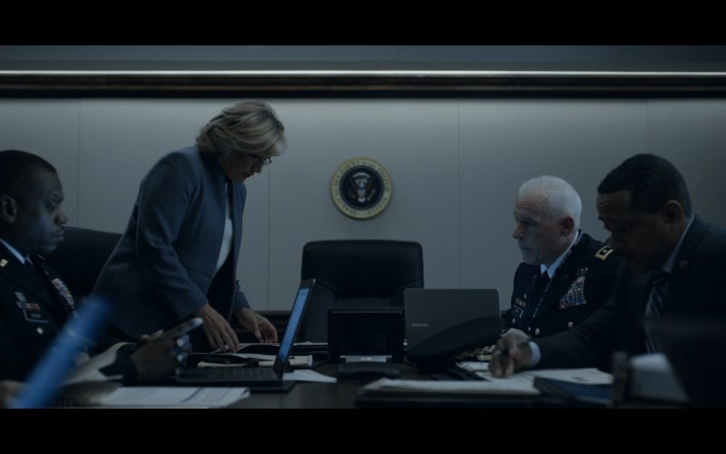 Samsung Laptops - House Of Cards TV Show Product Placement