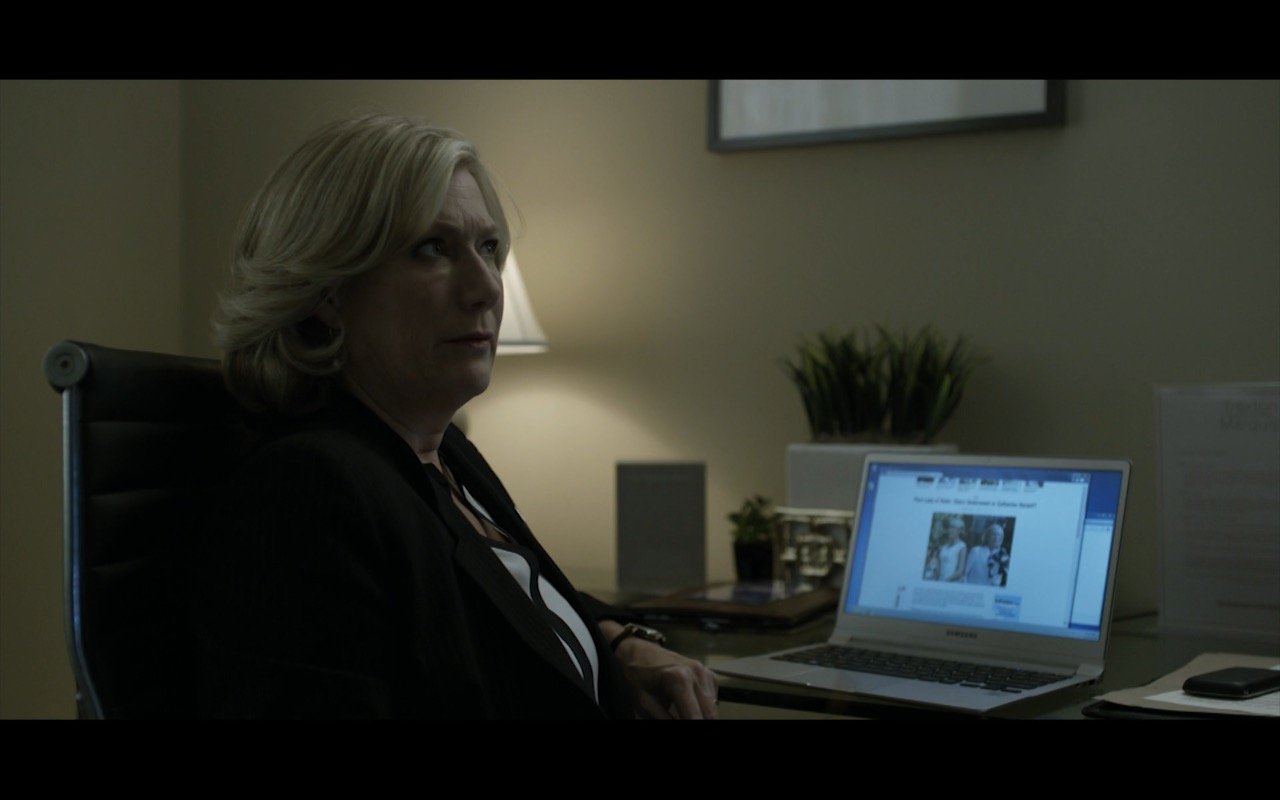 Samsung Notebook - House Of Cards - TV Show Product Placement