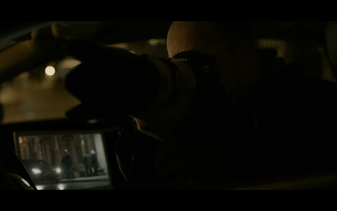 Sony Photo Camera - House of Cards TV Show Product Placement