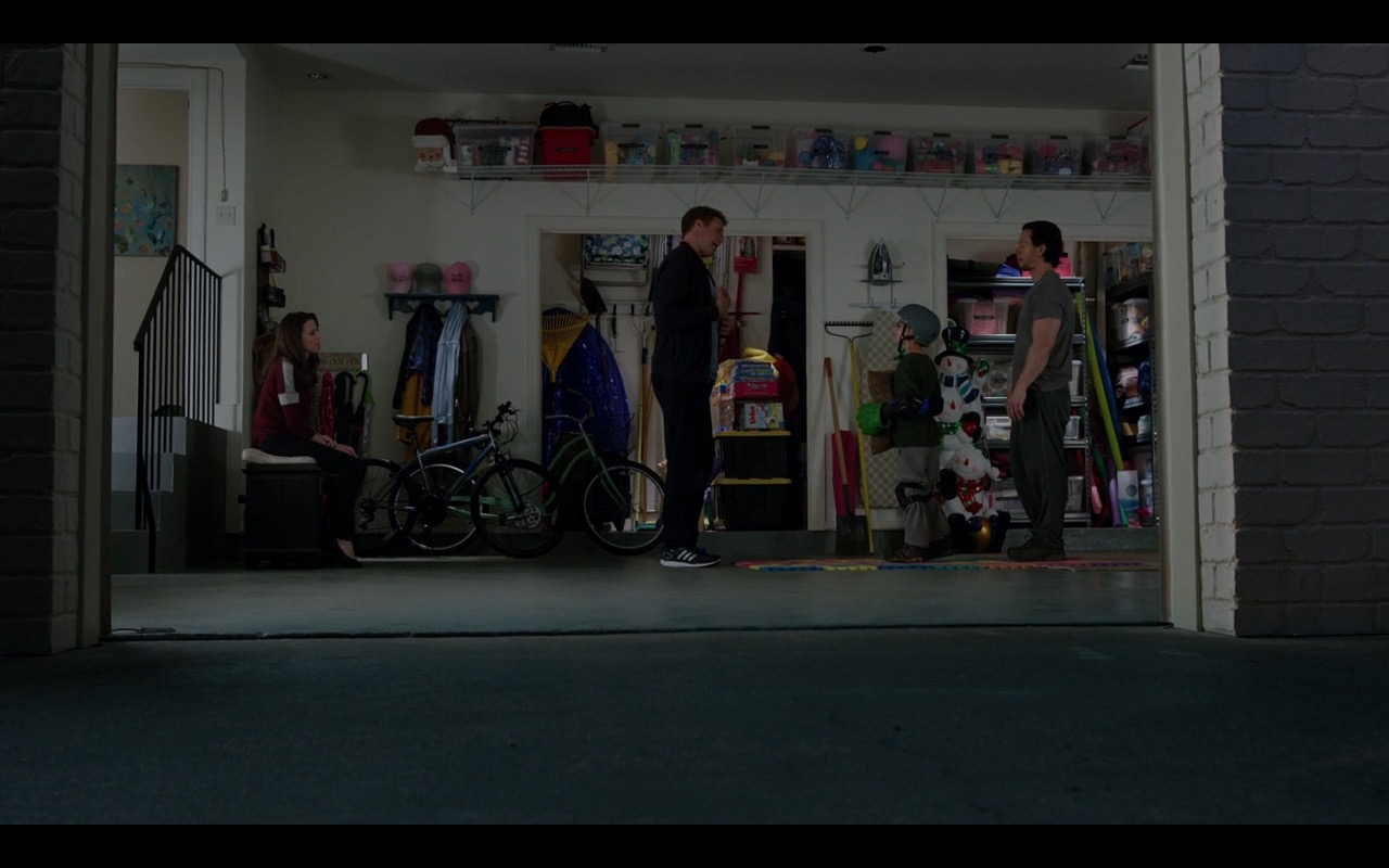 Adidas Sneakers – Daddy's Home (2015) - Movie Product Placement