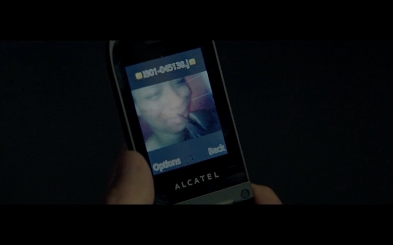 Alcatel product placement in Triple 9 (2016) movie