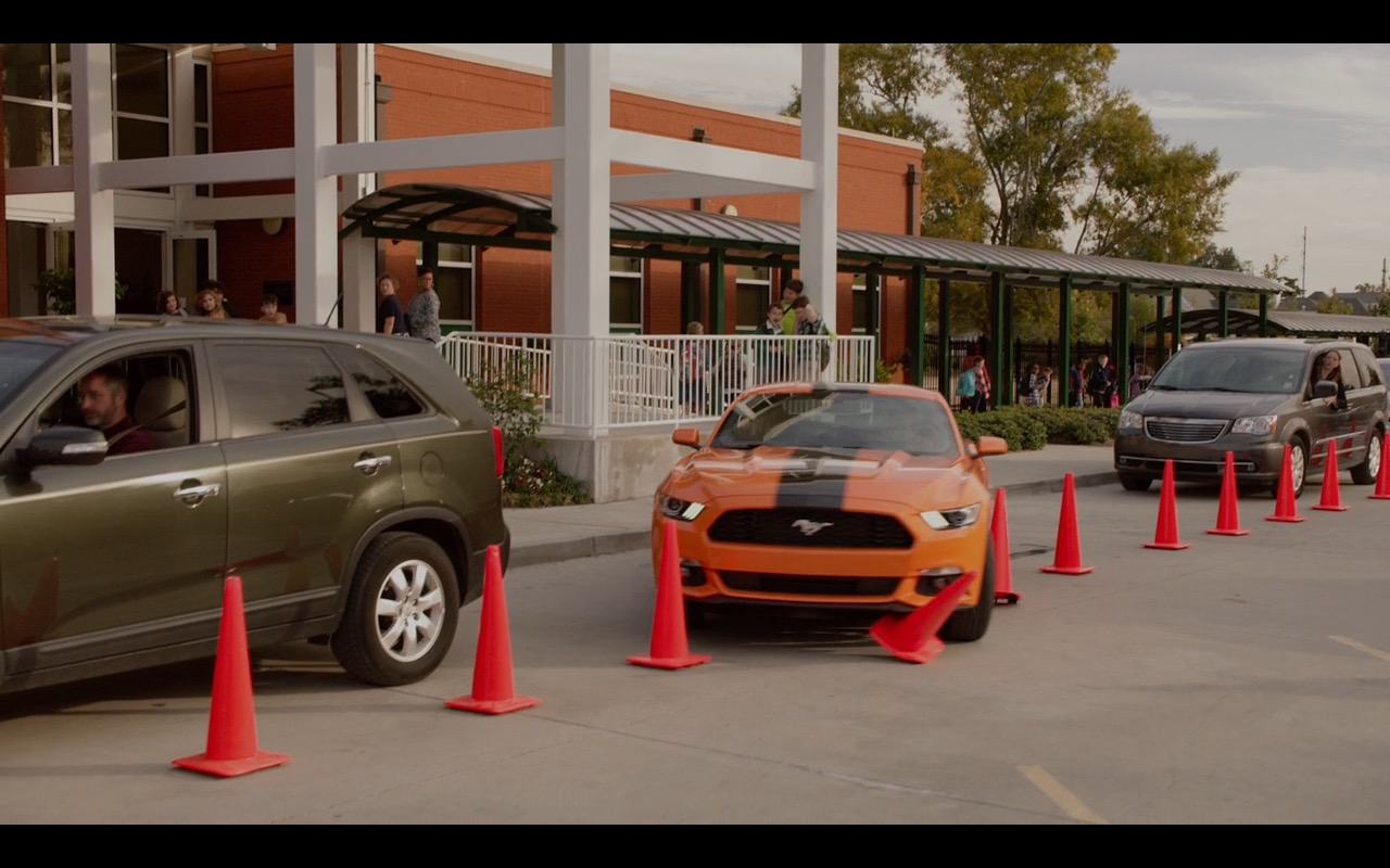Ford Mustang – Daddy's Home 2015 Product Placement (2)