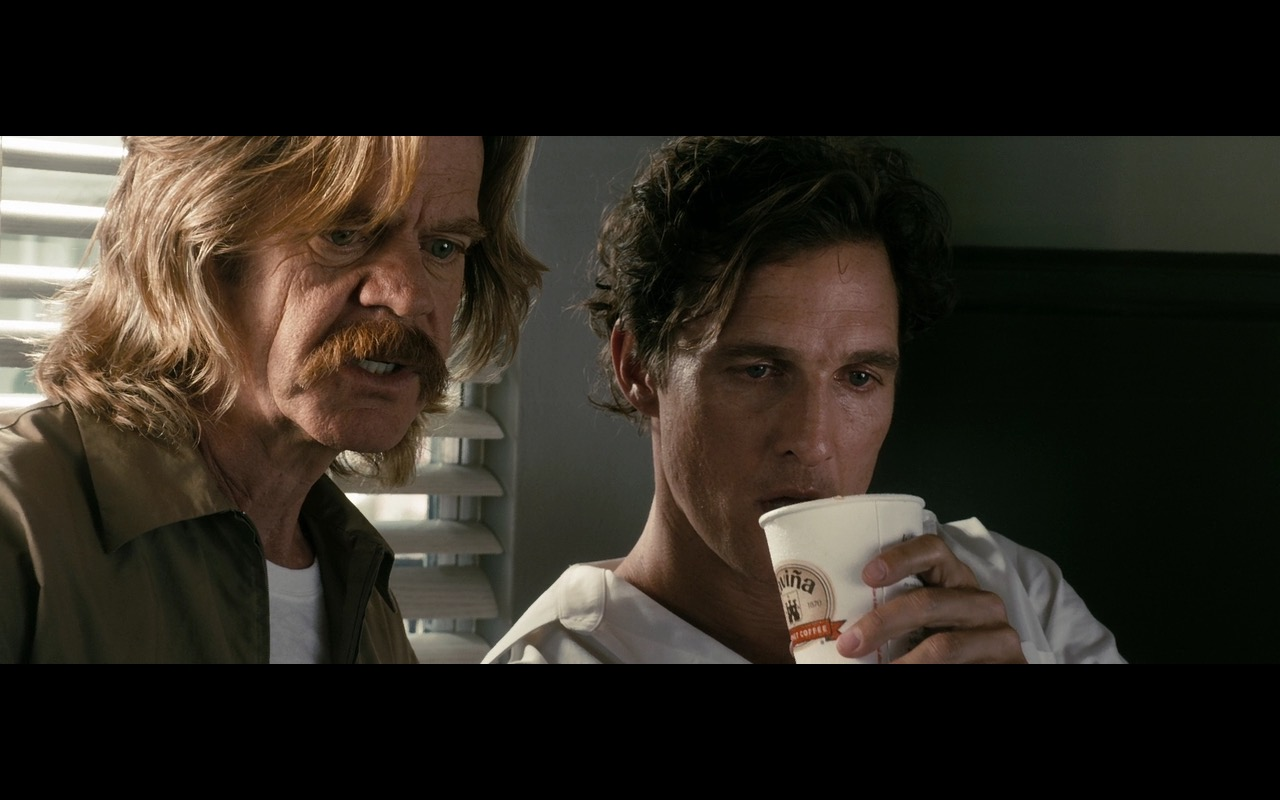 Gaviña Coffee – The Lincoln Lawyer (2011) - Movie Product Placement