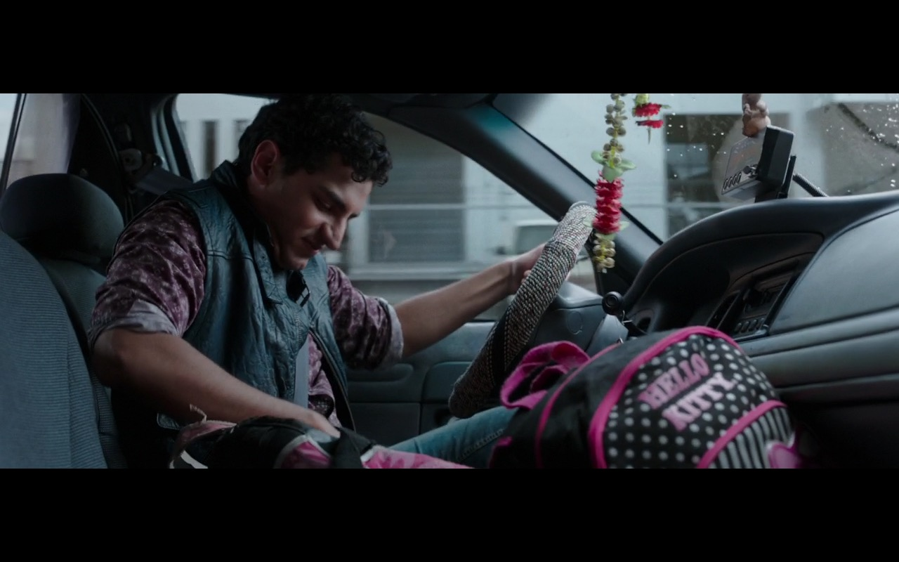 Hello Kitty Backpack – Deadpool (2016) - Movie Product Placement