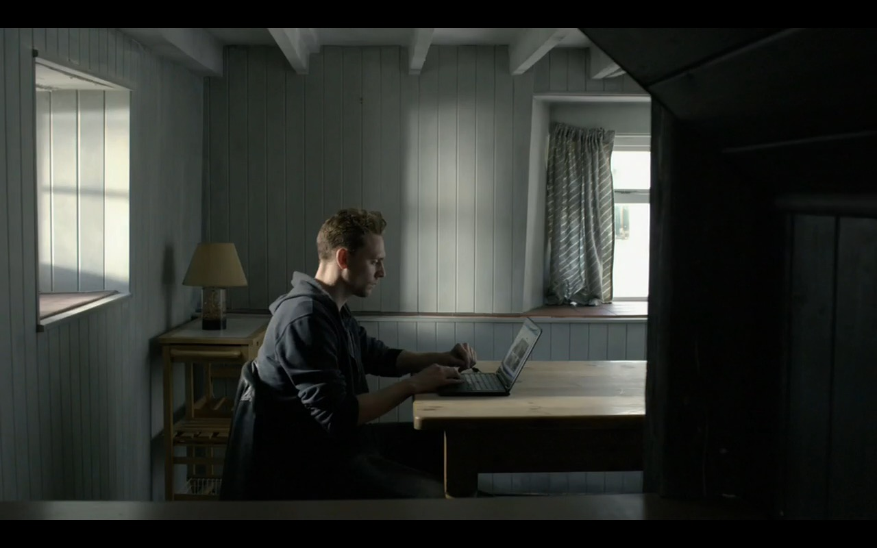 Lenovo ThinkPad - The Night Manager - TV Show Product Placement