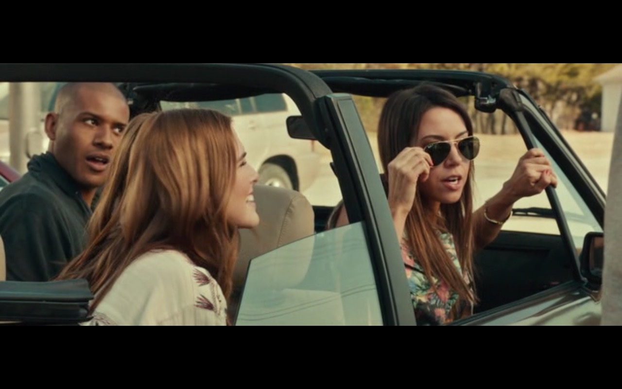 Ray-Ban Sunglasses For Women – Dirty Grandpa (2016) - Movie Product Placement