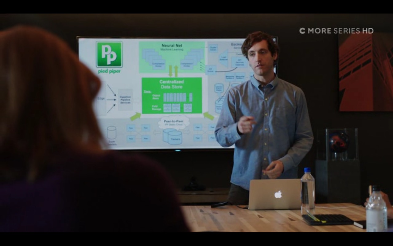 Apple MacBook – Silicon Valley - TV Show Product Placement