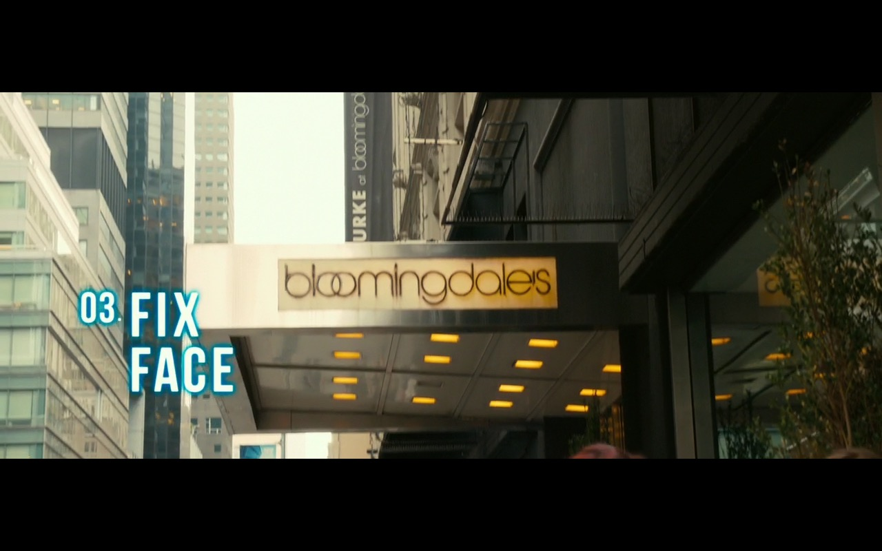 Bloomingdale's - How to Be Single (2016) Movie Product Placement