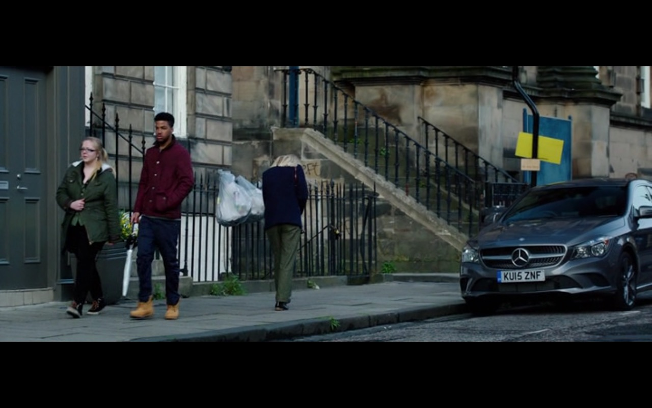 Mercedes-Benz - The Correspondence (2016) - Movie Product Placement