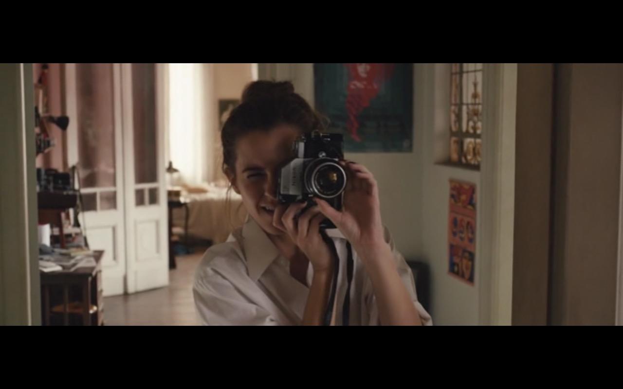 Nikon Photo Camera - Colonia (2015) - Movie Product Placement