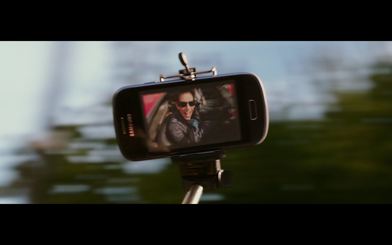 Samsung Smartphone - Zoolander 2 (2016) - Movie Product Placement