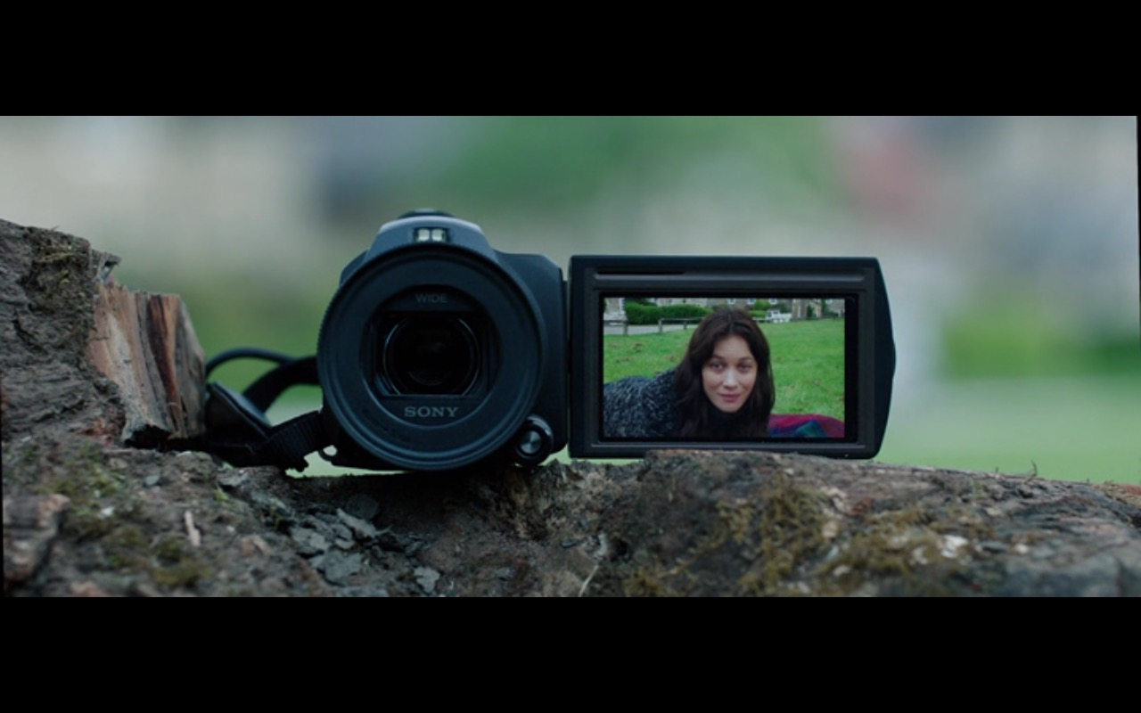 Sony Camcorder - The Correspondence 2016 (1)