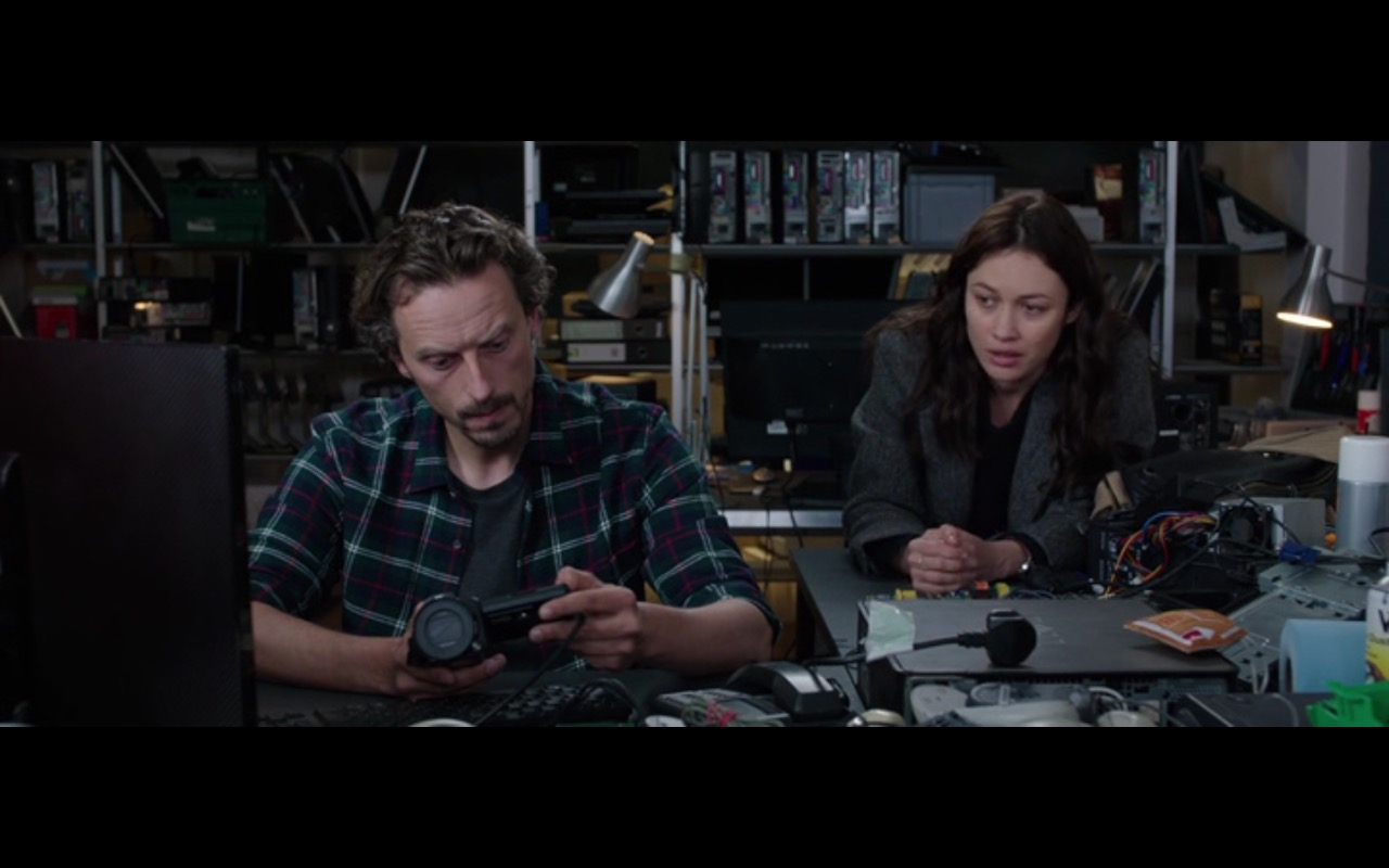 Sony Camcorder - The Correspondence (2016) - Movie Product Placement