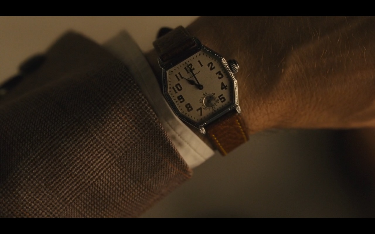 Waltham Watches – Hail, Caesar! (2016) Movie Product Placement