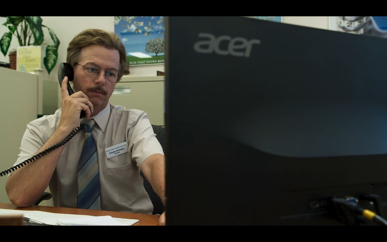 Acer Monitor - The Do-Over (2016) - Movie Product Placement