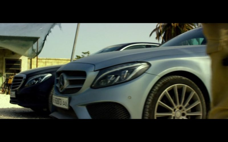 Mercedes-Benz Product Placement – 13 Hours The Secret Soldiers of Benghazi 2016 (1)