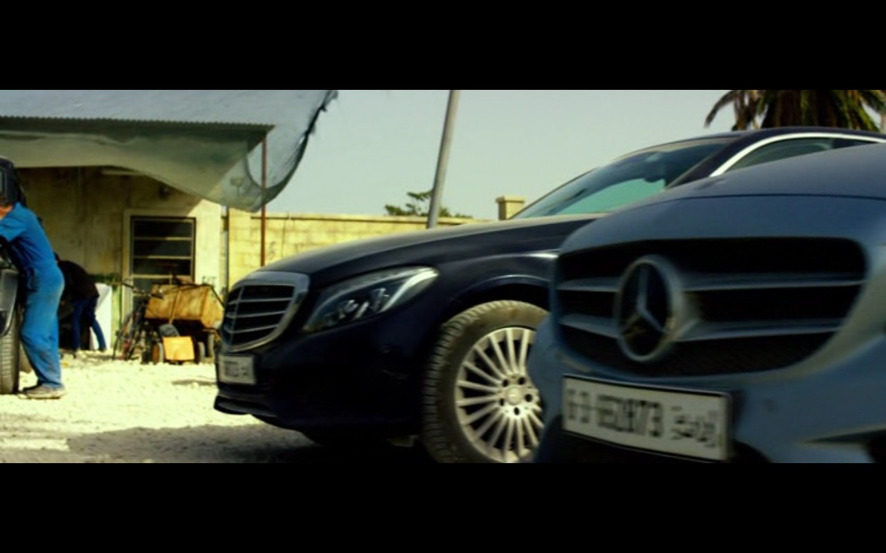 Mercedes-Benz Cars – 13 Hours: The Secret Soldiers of Benghazi (2016) - Movie Product Placement
