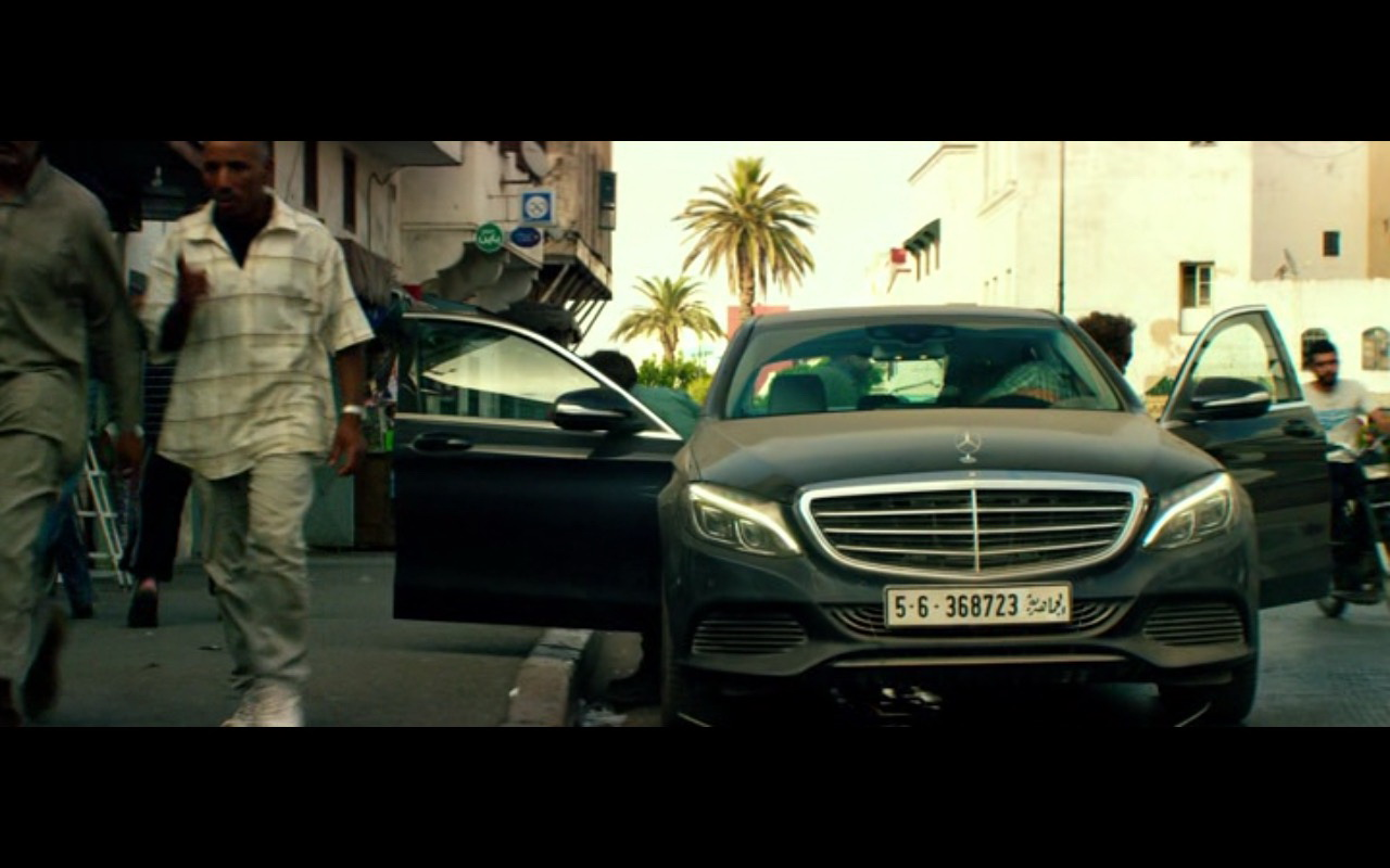 Mercedes-Benz Product Placement – 13 Hours The Secret Soldiers of Benghazi 2016 (2)