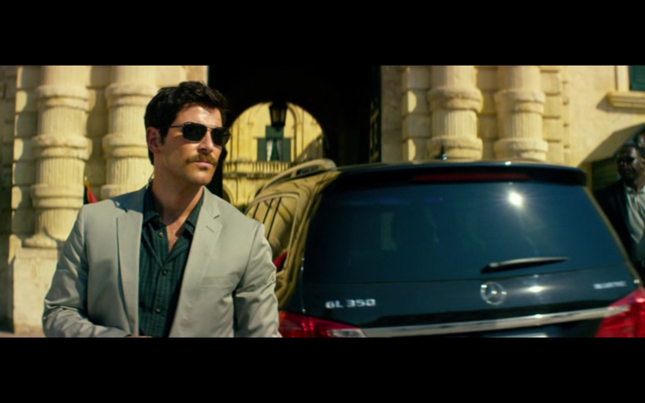 Mercedes-Benz Product Placement – 13 Hours The Secret Soldiers of Benghazi 2016 (8)