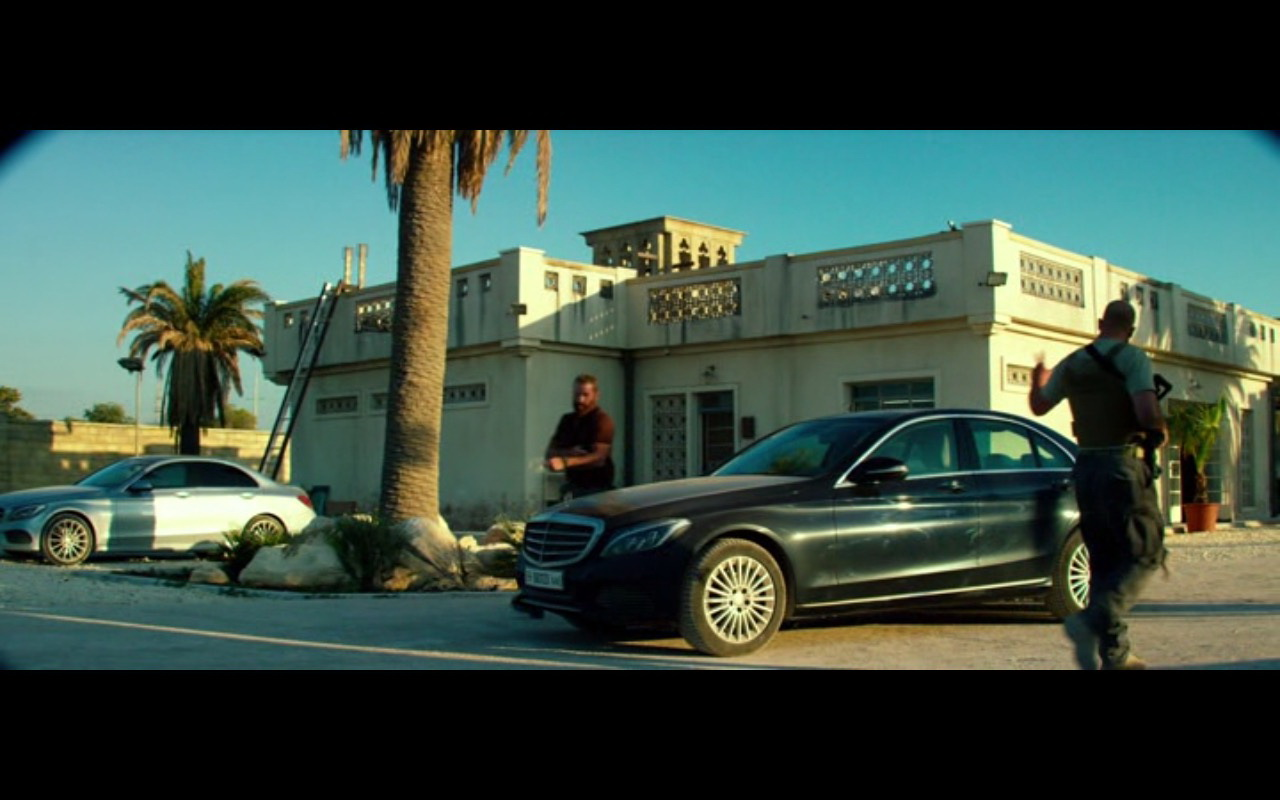 Mercedes-Benz S-Class – 13 Hours: The Secret Soldiers of Benghazi (2016) Movie Product Placement