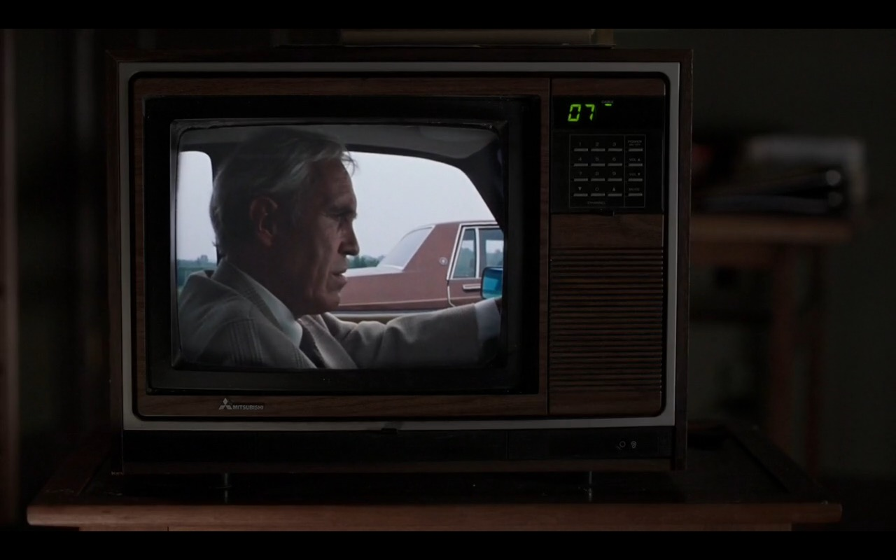 Mitsubishi TV - The Americans - TV Show Product Placement
