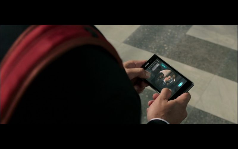 Sony Smartphones – The Brothers Grimsby 2016 product placement (2)