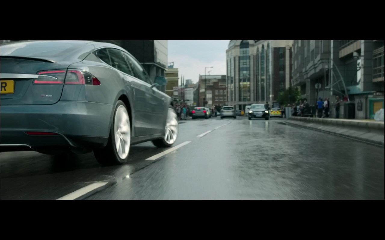 Tesla Model S - The Brothers Grimsby 2016 (1)