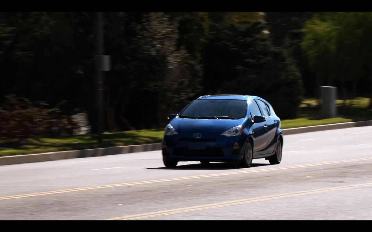 Toyota - New Girl (5)
