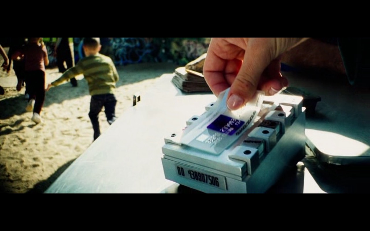 American Express - The Island (2005) Movie Product Placement