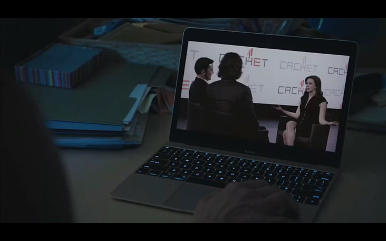 Apple MacBook – Equity (2016) Movie Product Placement