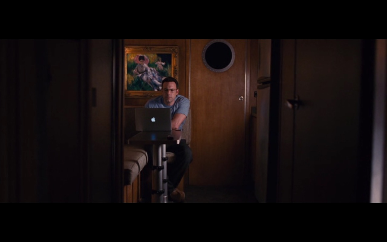 Apple MacBook Pro 15  - The Accountant (2016) Movie Product Placement