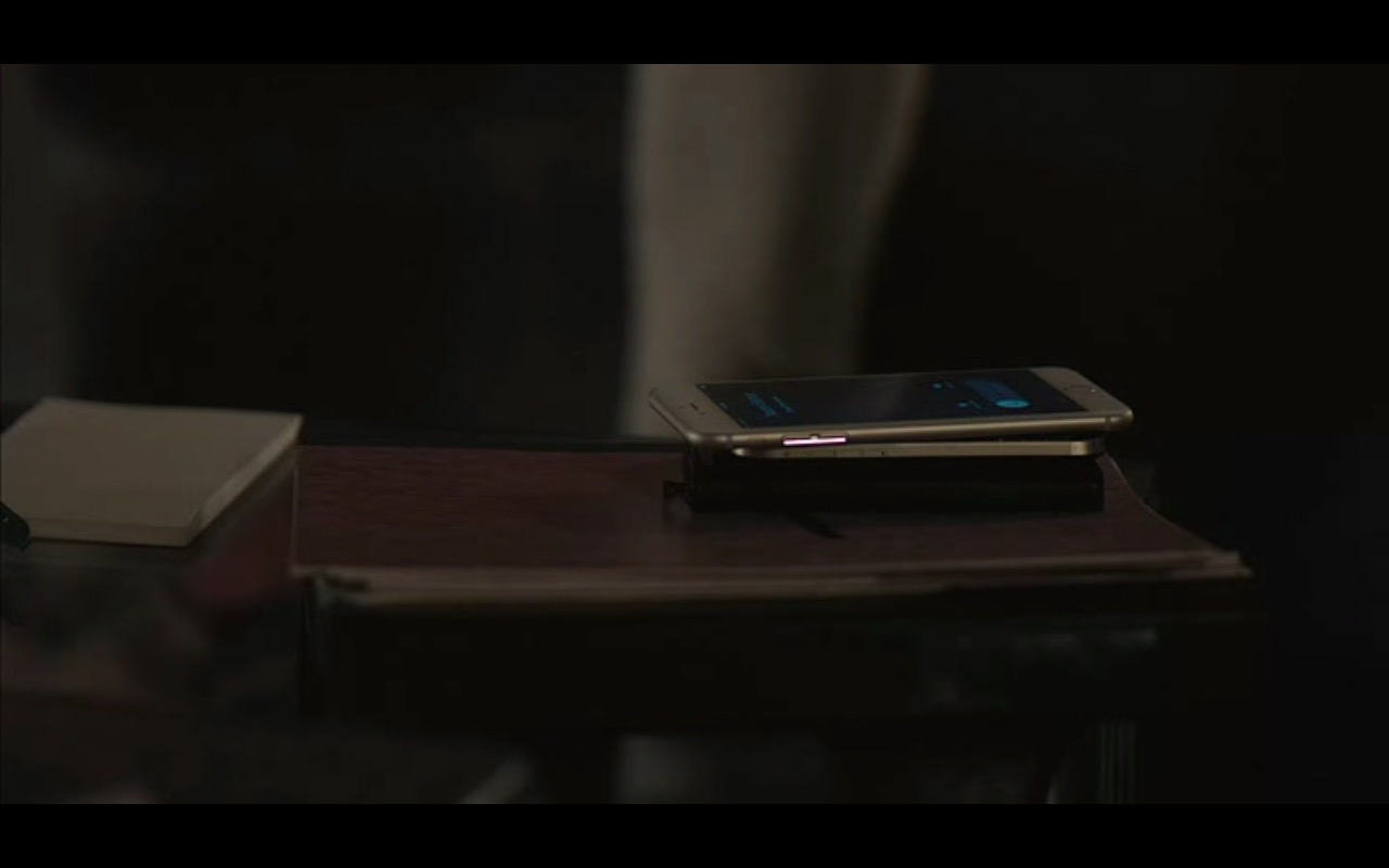 Apple iPhone 6/6s – Equity (2016) Movie Product Placement