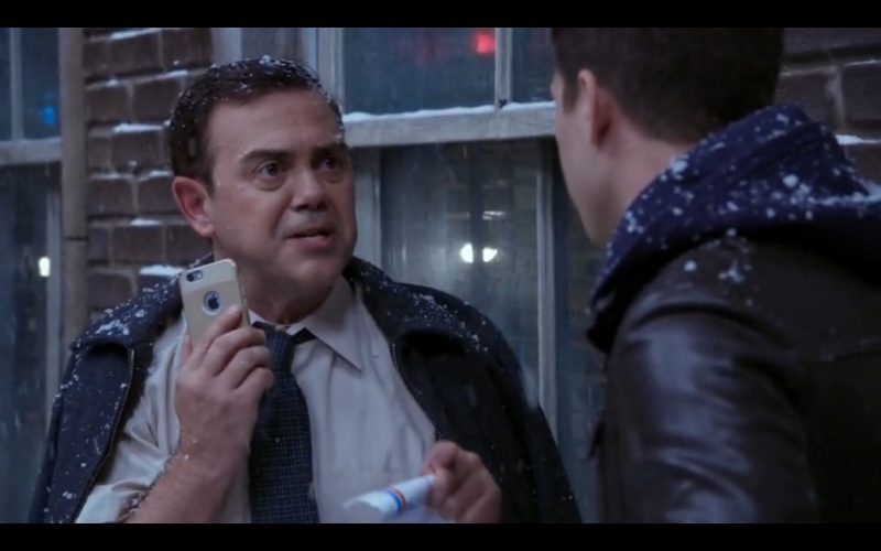 Apple iPhone 6/6s - Brooklyn Nine-Nine TV Show Product Placement