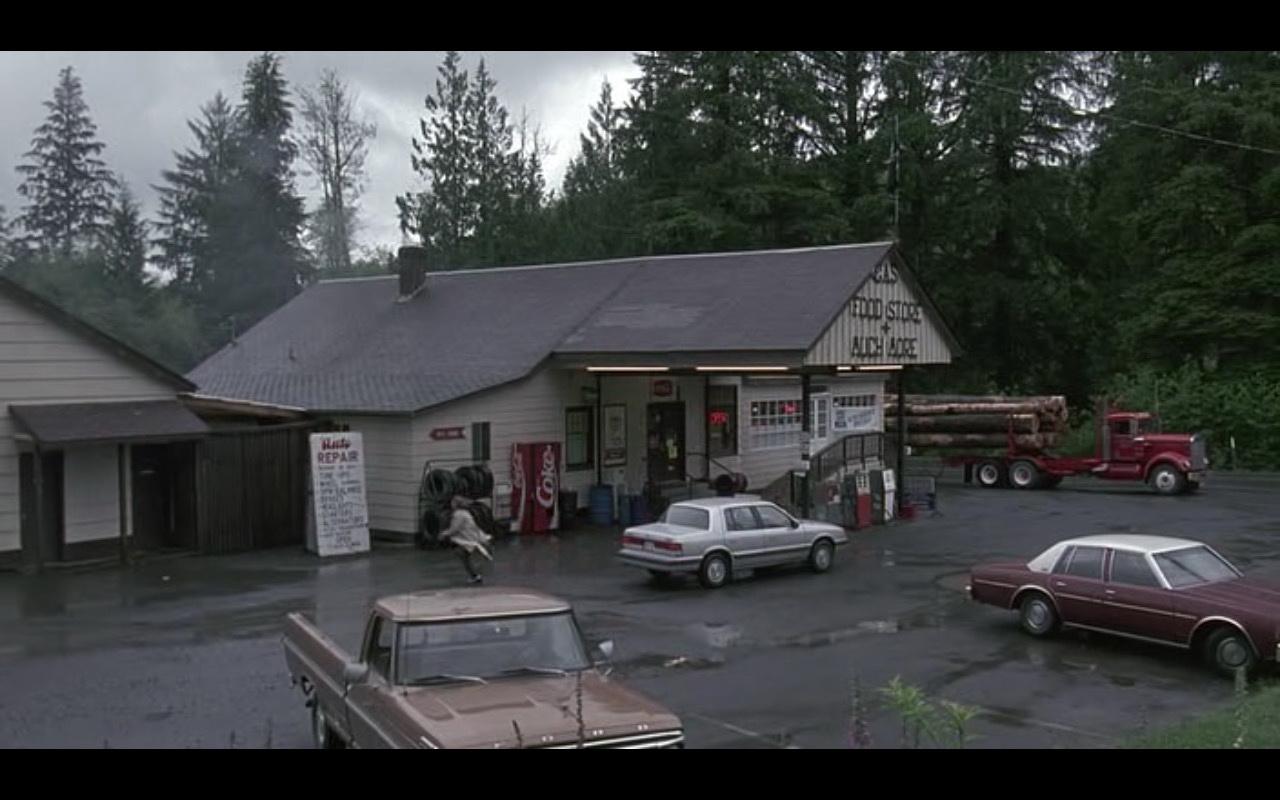 Coca-Cola – Kindergarten Cop (1990) Movie Product Placement