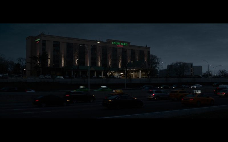 Courtyard by Marriott - Sully (2016) Movie Product Placement