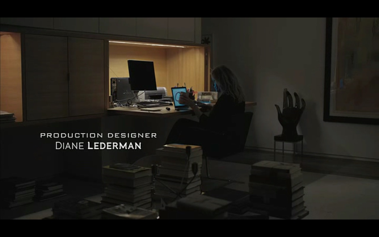 Dell Personal Computer – Equity (2016) Movie Product Placement
